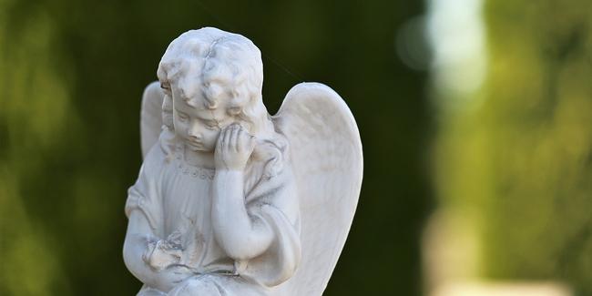 Combien coûtent des obsèques ? Comment anticiper les dépenses ?