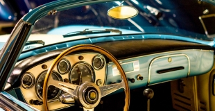 Assurer une voiture de collection : quelle est la meilleure formule ?