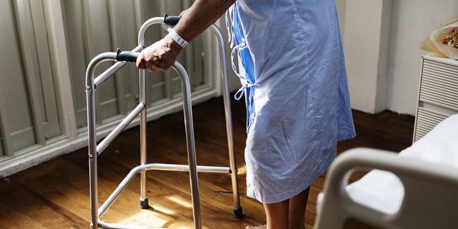 Mutuelle santé senior avec prise en charge hospitalisation (soins, transport, etc.)