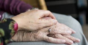 Quelle différence entre une assurance vie et une assurance obsèques ?