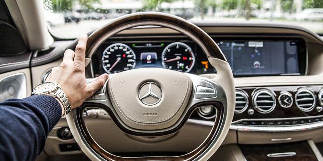 Assurance auto pour une Mercedes : comparez pour bien choisir