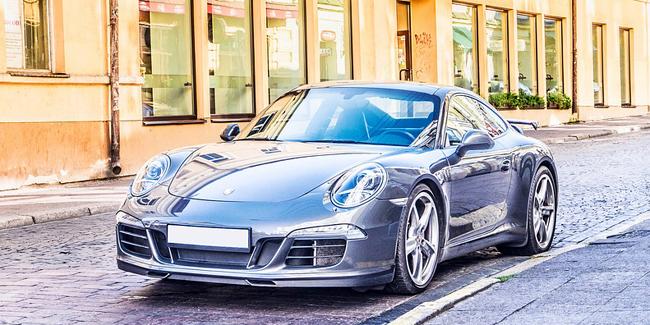 Assurance auto pour une Porsche : comparez pour bien choisir
