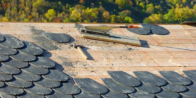 Garantie décennale toiture : l'assurance obligatoire du charpentier couvreur