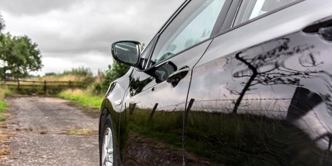 Location de véhicule entre particulier et assurance auto : que faut-il faire ?